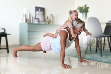Inger Home Workout with Kid